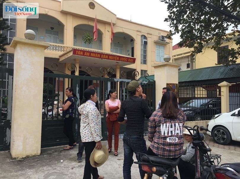 Mẹ vợ kiện con rể ra Tòa tội hiếp dâm con gái ở Hà Nội