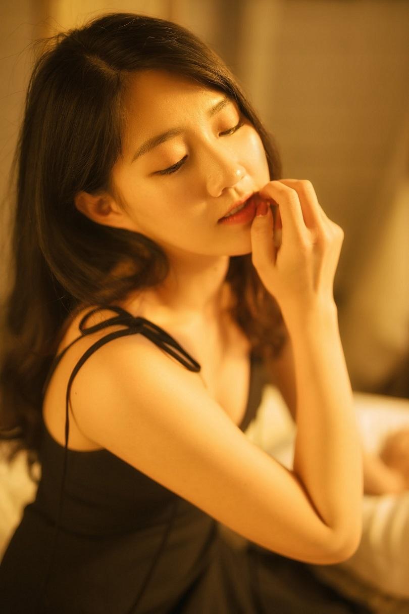 Diễn viên 9X Kiều Trinh gây thương nhớ với vẻ đẹp ngọt ngào và gợi cảm11