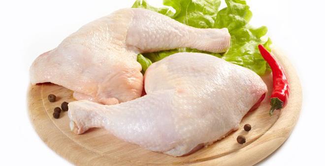 Học theo mẹ đảm cách nấu thịt gà đông trong veo, vô cùng tốn cơm