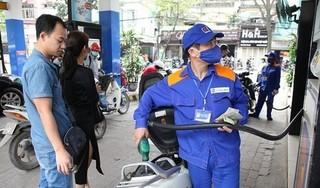 Giá xăng giảm mạnh, xuống dưới 20 nghìn đồng/lít