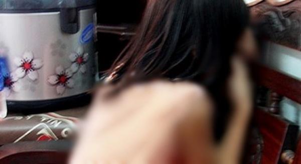Bé gái 13 tuổi bị thầy giáo dậy võ hiếp dâm ở Hà Nội