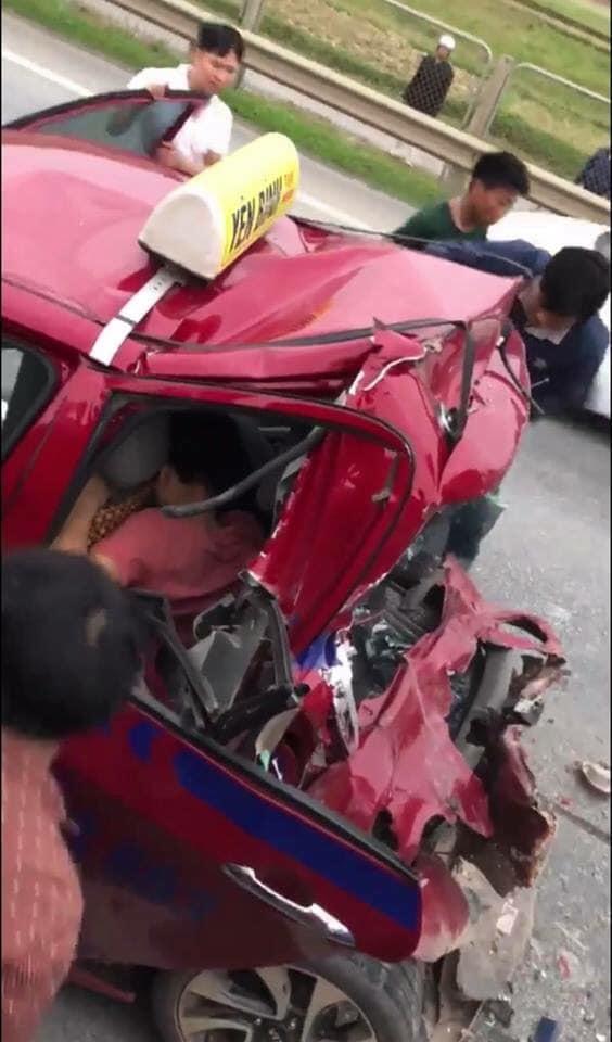 Xử lý như nào vụ taxi bị đâm biến dạng khi chở người đi cấp cứu trên cao tốc Hà Nội - Thái Nguyên? 2