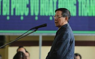 CLIP: Ông Phan Văn Vĩnh thừa nhận đã 'đưa tổ ong vào trong tay áo'
