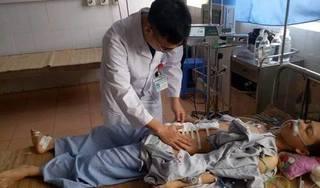 BV huyện cứu sống thanh niên bị thanh gỗ đâm thủng bụng, đã chết lâm sàng