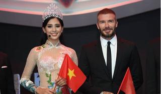 Tiểu Vy đưa ảnh sánh đôi cùng Beckham trong phần giới thiệu tại Miss World