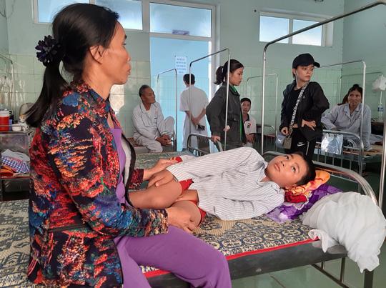 Cô giáo bắt học sinh tát bạn 231 cái ở Quảng Bình