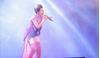 Chạm đến trái tim khán giả bằng ca khúc 'Vợ lính', Ca sỹ Thu Thủy giành huy chương vàng