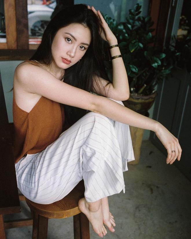 Ngắm hot girl Lào gốc Việt xinh đẹp và quyến rũ nghiêng ngả mạng xã hội25