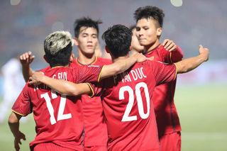 Báo châu Á so sánh đội tuyển Việt Nam và Thái Lan