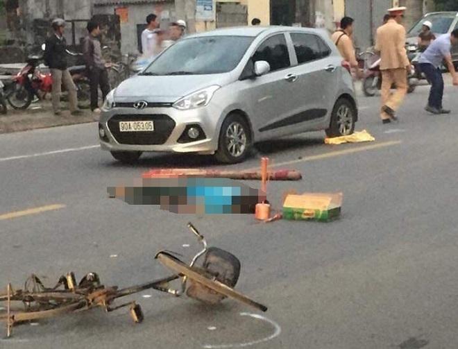 Hiện trường người đàn ông say rượu bị đâm tử vong. Ảnh MXH giao thông