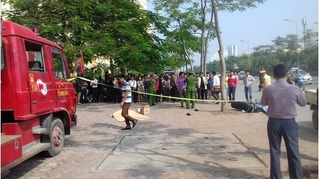 Hà Nội: Va chạm với xe cứu hỏa, người đàn ông tử vong tại chỗ