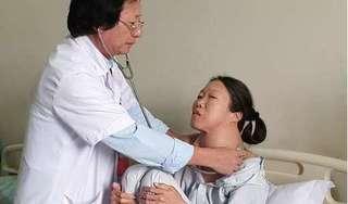 U bướu khổng lồ khiến người phụ nữ Hà Nam khốn khổ suốt 20 năm