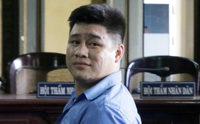 Kẻ sát hại 2 'hiệp sĩ đường phố' ở Sài Gòn bình thản lãnh án tử
