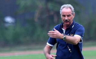 HLV Alfred Riedl không tin đội tuyển Việt Nam vô địch AFF Cup 2018