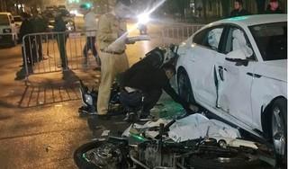 Hà Nội: Hai xe máy đâm ô tô Audi, cô gái 18 tuổi tử vong tại chỗ