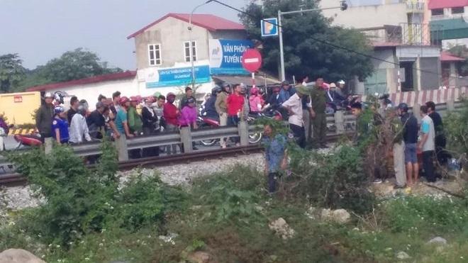 Hiện trường vụ va chạm với tàu hỏa người phụ nữ tử vong