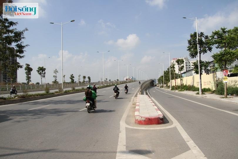 Cận cảnh con đường 8 làn xe mang tên nhà tư sản Trịnh Văn Bô4
