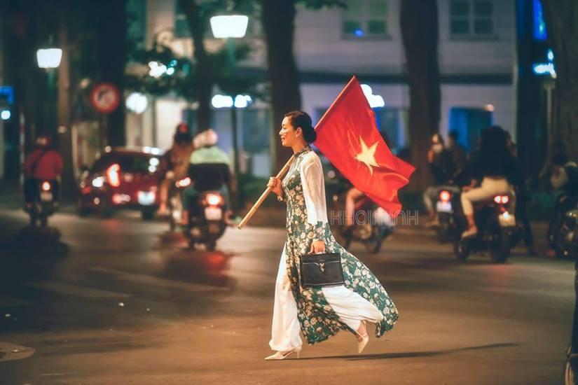 Loạt khoảnh khắc ấn tượng sau chiến thắng của tuyển Việt Nam8