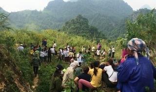 Thanh Hóa: Phát hiện Chủ tịch hội nông dân xã treo cổ trong chòi canh