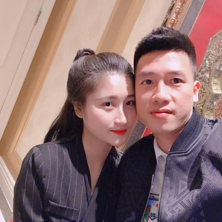 Loạt ảnh bạn gái Huy Hùng xinh đẹp và cực kỳ gợi cảm8