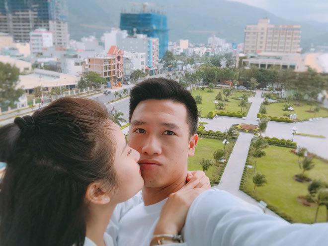 Loạt ảnh bạn gái Huy Hùng xinh đẹp và cực kỳ gợi cảm3