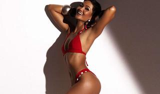 H'Hen Niê diện bikini khoe vóc dáng cơ thể, 'đốt mắt' người nhìn