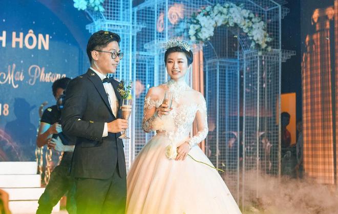 Đám cưới cổ tích ở Hải Phòng: Chú rể mang siêu xe hiếm đi đón dâu8