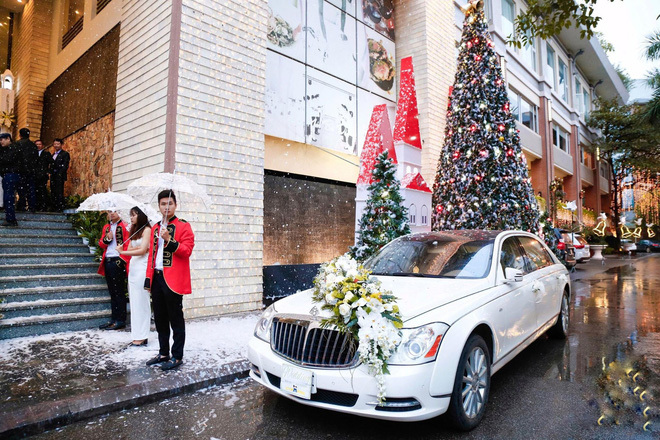Đám cưới cổ tích ở Hải Phòng: Chú rể mang siêu xe hiếm đi đón dâu5