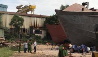 Xưởng đóng tàu ở Sài Gòn bất ngờ nổ lớn, 2 người tử vong