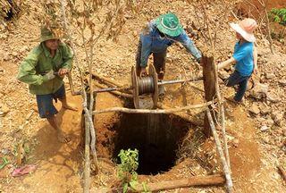 Điện giật chết người khi đào giếng trong đêm
