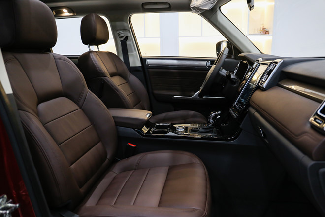 SUV nhái Range Rover đẹp lung lung về Việt Nam với giá bất ngờ3