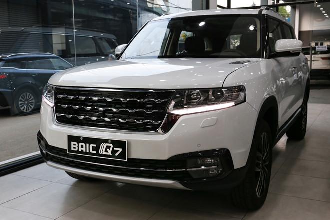 SUV nhái Range Rover đẹp lung lung về Việt Nam với giá bất ngờ2