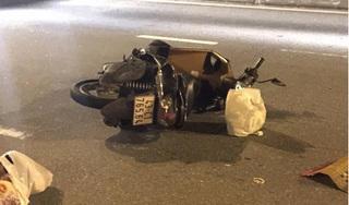 Xe máy nổ lốp khi đang di chuyển, người phụ nữ ngã xuống đường tử vong