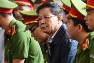 Ông Phan Văn Vĩnh nộp đơn xin thi hành án, không kháng cáo