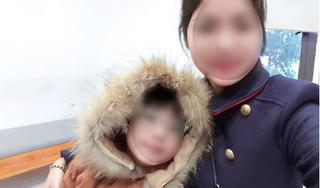 Dùng điện thoại dỗ con, mẹ trẻ khóc ròng vì hậu quả ngoài sức tưởng tượng