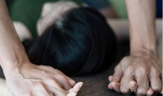 Cha dượng giở trò đồi bại với con riêng 11 tuổi của vợ