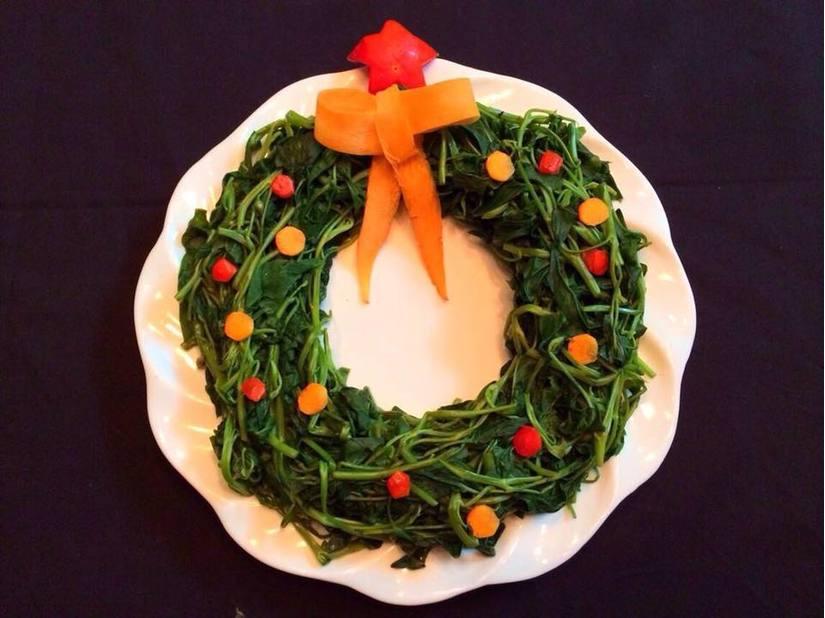 Mẹ khéo tay trang trí món ăn đầy màu sắc Giáng sinh khiến con thích mê3