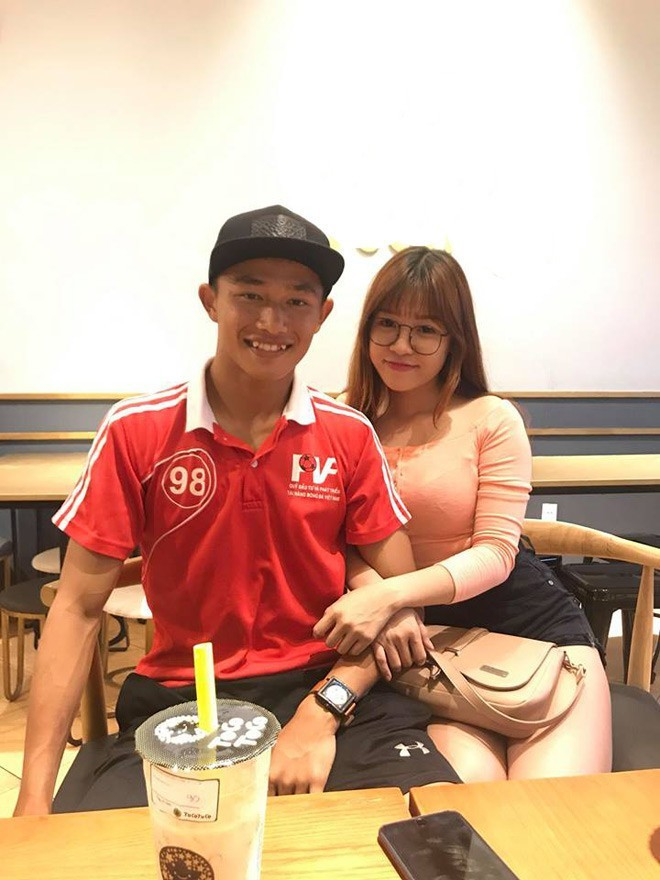 Bạn gái của Lâm Tây từng có mối tình với chàng thủ môn kém 6 tuổi3