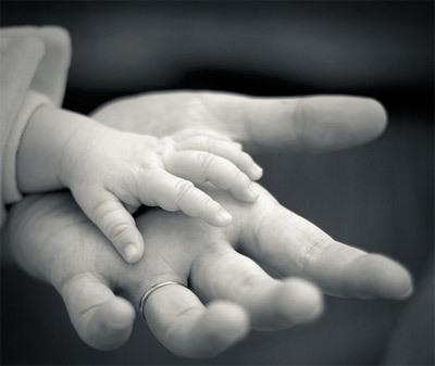 Tâm sự hạnh phúc của người mẹ hiếm muộn nay được ôm con trai nhỏ