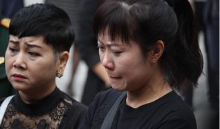 Hình ảnh xúc động, rơi nước mắt trong tang lễ NSND Anh Tú