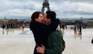 Kim Lý và Hồ Ngọc Hà trao nhau nụ hôn ngọt ngào dưới tháp Eiffel