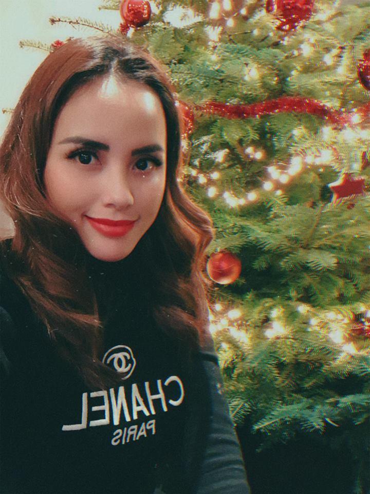 DJ Myno khoe khoảnh khắc cùng gia đình đón Noel tại Hà Lan6