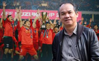 Bầu Đức tiết lộ lý do trả lương cho HLV Park Hang Seo