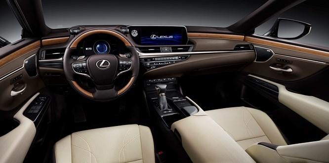 Lexus chốt giá bán mẫu xe hoàn toàn mới tại Việt Nam1
