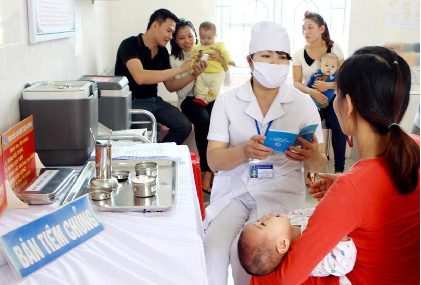Bộ Y tế thông tin các trường hợp phản ứng sau tiêm vắc xin ComBE Five 2