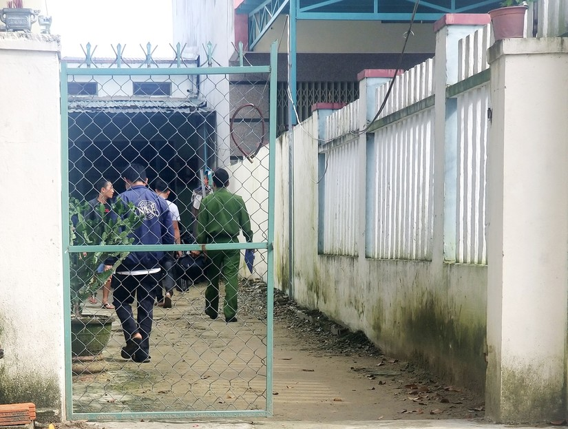 Người đàn ông Quảng Nam tử vong bất thường với vết thương ở bụng