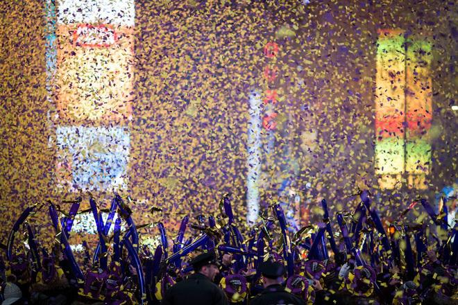 Hàng triệu người tụ tập xem những màn bắn pháo hoa ngoạn mục chào 2019
