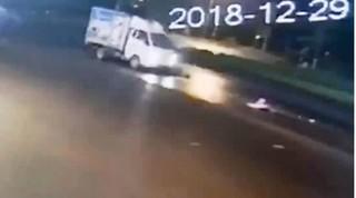 Hà Nam: Truy tìm xe tải tông cụ bà trọng thương trong đêm rồi bỏ trốn