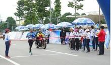 Hơn 8.000 người tham dự Giải việt dã