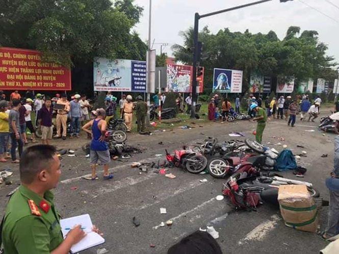Hiện trường vụ tai nạn ở Long An